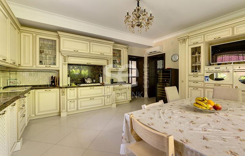 Дом в аренду по адресу Россия, Московская область, Одинцовский р-н, Молоденово