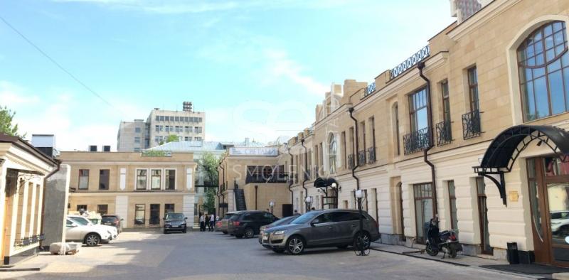 Продажа помещения свободного назначения, Садовая-Черногрязская ул, 8